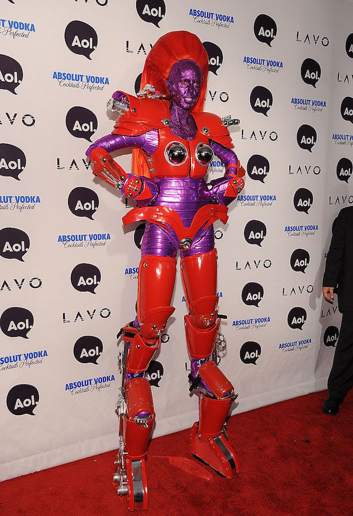 In 2010, Heidi literally transformed herself into a transformer.