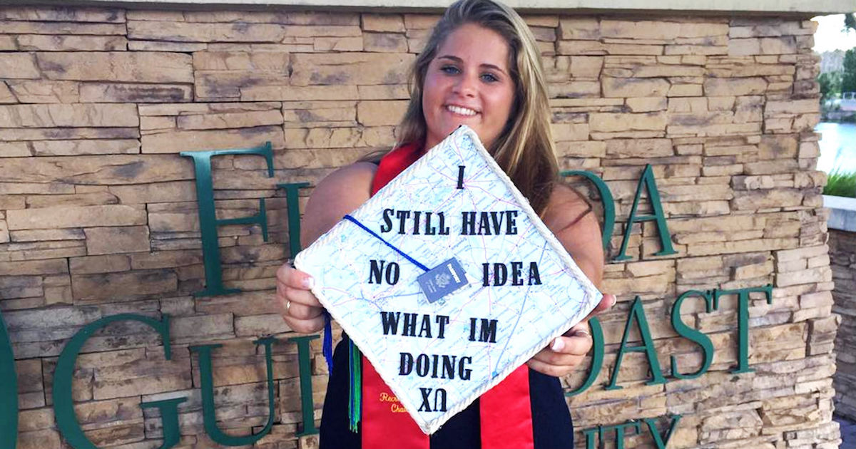 27 hilarious graduation caps from creative kids who don t realize