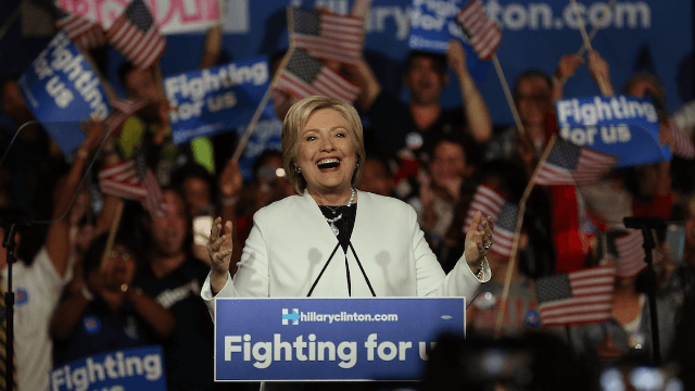 Hillary Clinton got a haircut and everyone is losing their minds.