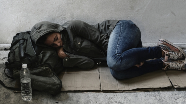 12 people who've been homeless share the scariest thing they saw in the streets.