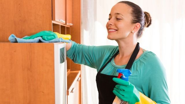 14 housekeepers share the filthy secrets they've discovered about their clients.