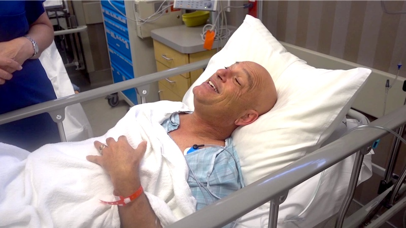 Howie Mandel high after his endoscopy is the most entertaining he's ever been.