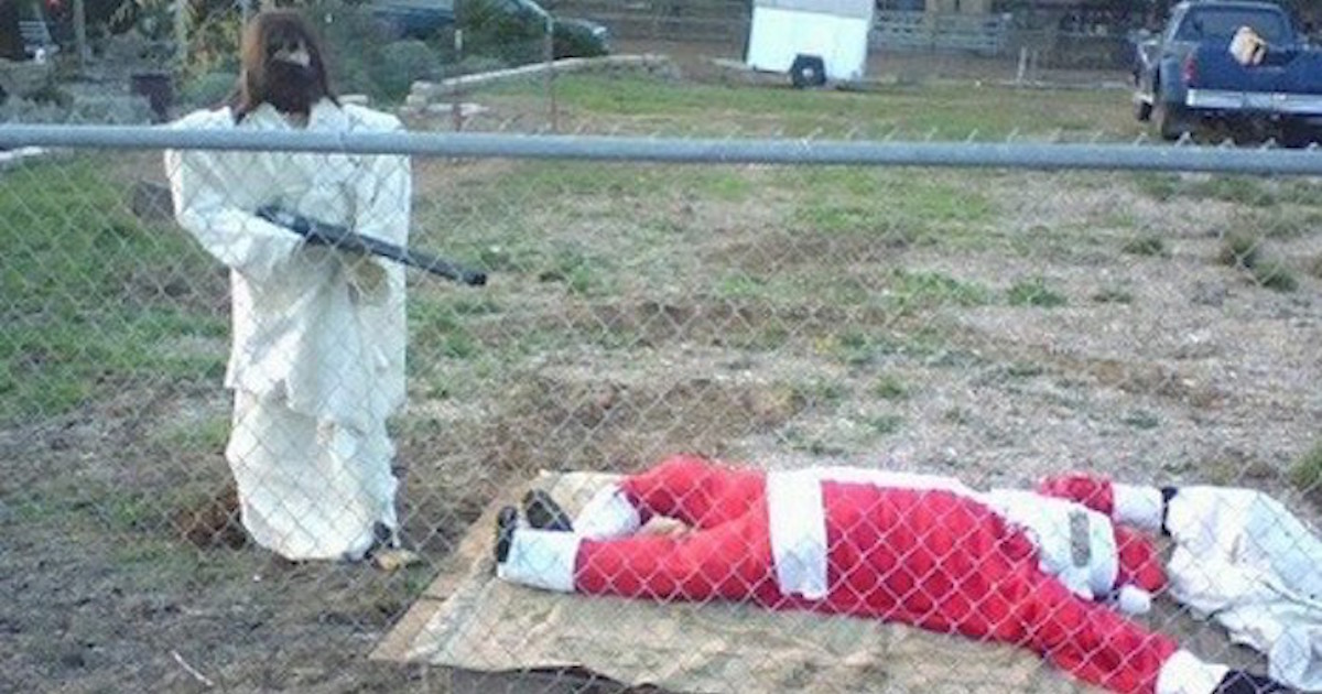 16 Joyfully Inappropriate Christmas Decorations. | Someecards Holidays