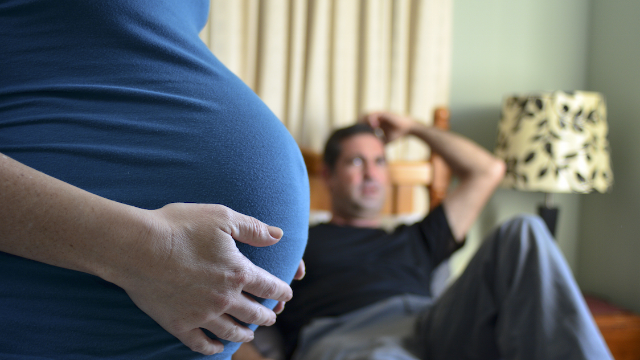 Man asks internet if it's okay to ask his pregnant wife to move out. People are divided.