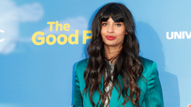 Jameela Jamil deletes Instagram comparing abortions to landlords after criticism.