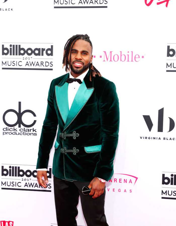 GREEN VELVET? In MAY? In VEGAS? No. I would say more, but Derulo is probably getting enough literal and metaphorical heat already.