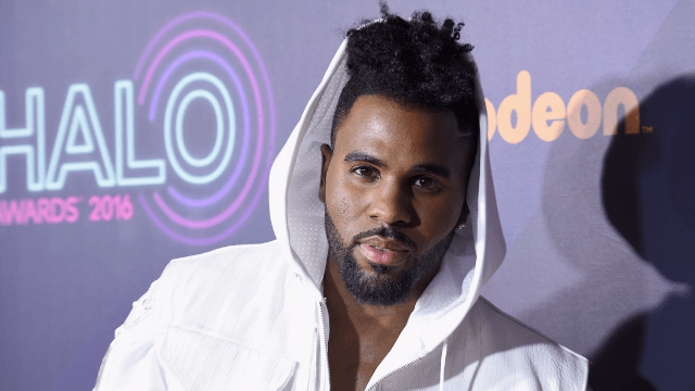 Jason Derulo claims 'racial discrimination' after American Airlines calls a crazy number of cops on him.