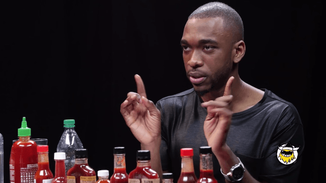 Jay Pharoah breaks out 8 impressions while reviewing spicy hot wings.