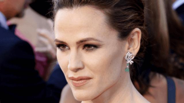 Jennifer Garner Slams Report About Life After Ben Affleck Divorce