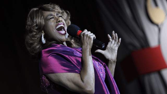 Broadway star Jennifer Holliday pulls out of inauguration and apologizes to the LGBT community.