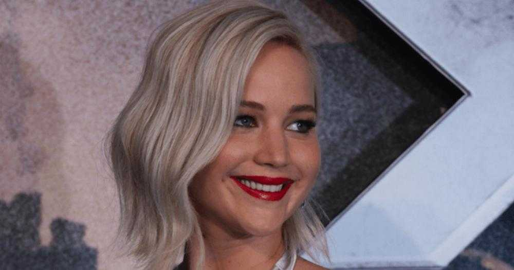 Jennifer Lawrence got filmed drunk dancing at a strip club and she's not  sorry.