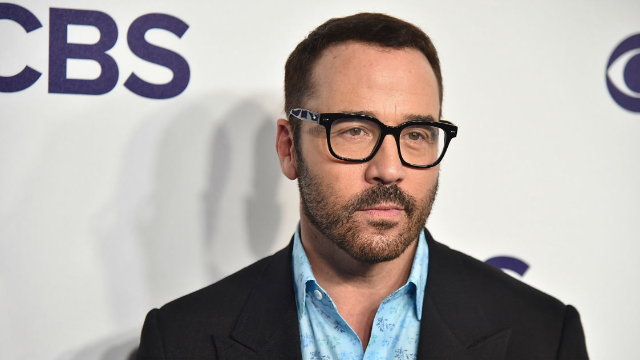 Jeremy Piven tweets out gross statement after third woman accuses him of sexual assault.