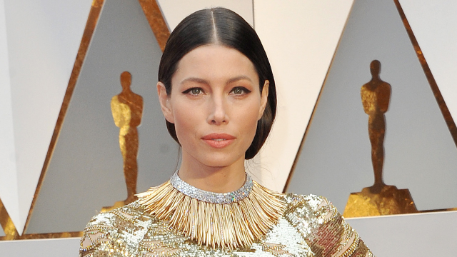 Jessica Biel went 'bronde' and the internet is obsessed. What halftime show?