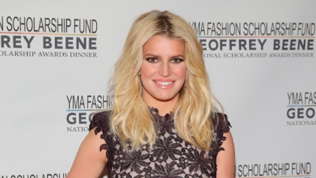 Jessica Simpson posted a photo of her leg hair and no one can handle it.