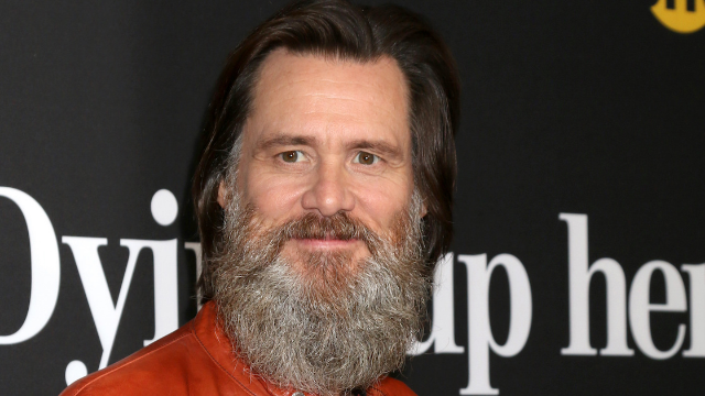 Jim Carrey dragged for tweeting 'disgraceful' painting of Sarah Sanders.