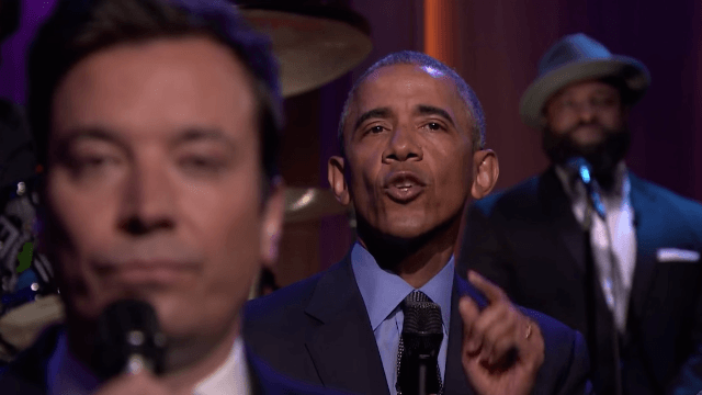 Jimmy Fallon and President 'Baracky with the good hair' slow jammed the news.