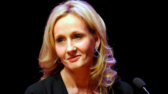 J.K. Rowling shuts down an Islamophobic tweet and inspires a meme.
