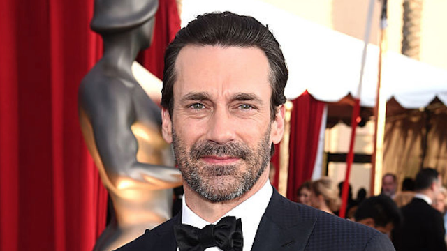 Watch Jon Hamm save a hummingbird at a 'Girls' pool party like the Disney prince he is.