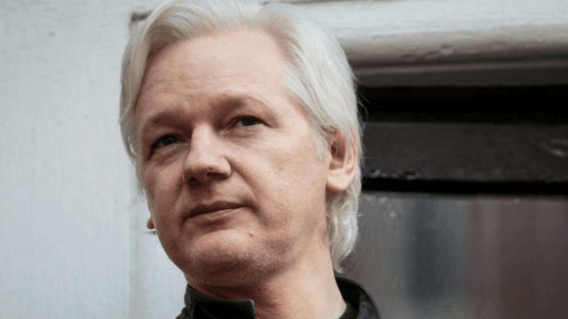 Julian Assange shared a 'male secret' on Twitter, and everyone's roasting him.