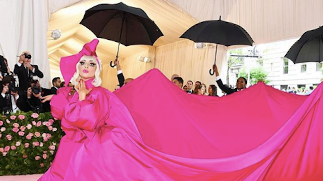 Just 21 Of the Funniest Memes From The Met Gala.