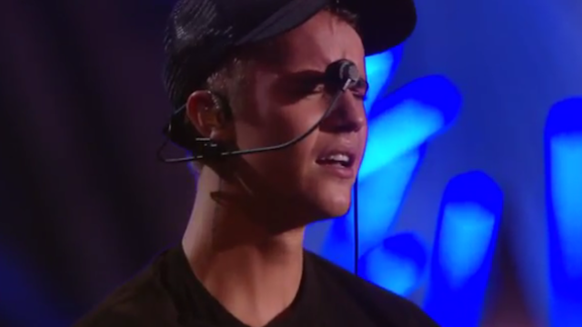 Justin Bieber let the tears pour out of him at the VMAs in a sweet, sweet attention-grabbing release.