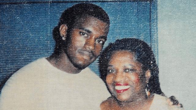 Kanye tweeted something sweet and sad on his late mom's birthday.