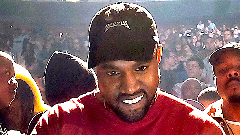 Kanye continues his series of Twitter rants by asking Mark Zuckerberg for 1 billion dollars.