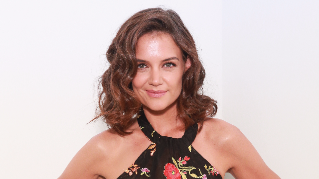 Katie Holmes got a pixie cut and now no one can tell her apart from Kris Jenner.