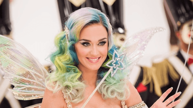 Katy Perry tweets sadness, suggests emotions over Orlando Bloom and Selena Gomez.