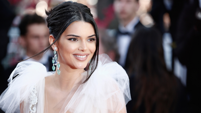 Kendall Jenner's fraudulent skin care ad controversy just got worse thanks to Kylie.