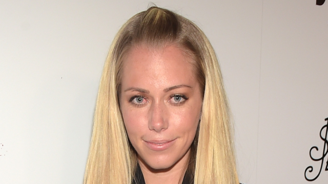 Kendra Wilkinson responds to tabloid rumors by opening up about her marital problems.