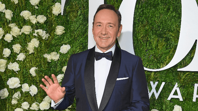 Kevin Spacey's Tonys opening number surprises Broadway fans by being, well, good.