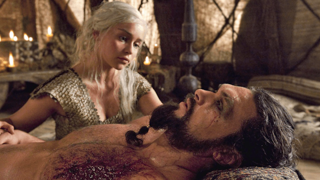 Khal Drogo had an intense f*#$in' response to Daenerys' fiery moment on 'Game of Thrones.'