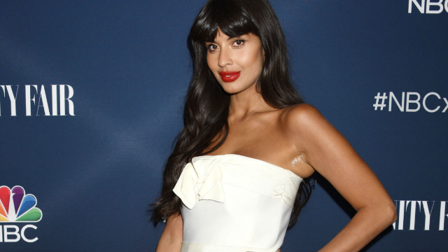 Khloé Kardashian is pushing girls to survive on shakes. Jameela Jamil brutally shut her down.