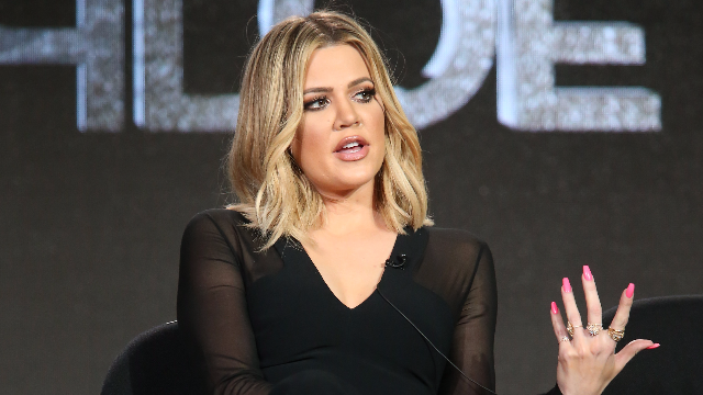 Fans think Khloé Kardashian just konfirmed her pregnancy with this Instagram comment.