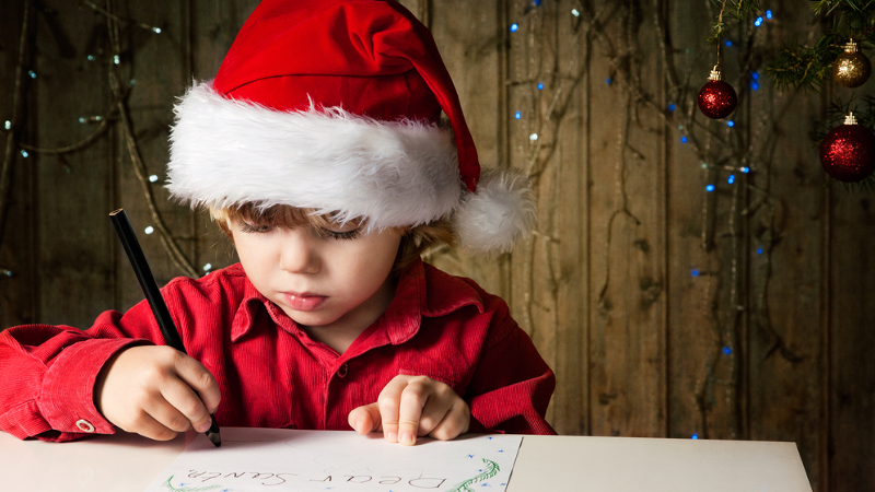 This kid wrote the fanciest letter to Santa.