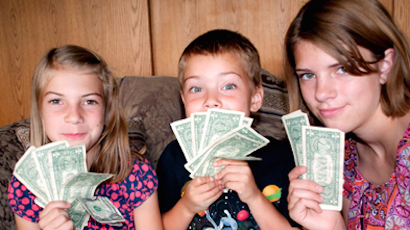 10 kids who are better with money than most adults.