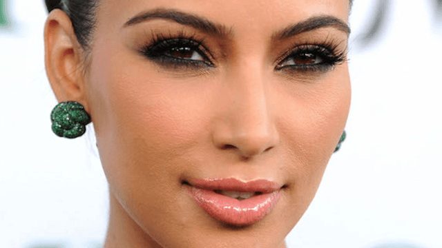 Kim Kardashian Now Has Platinum Blonde Hair And No Its Not A Wig