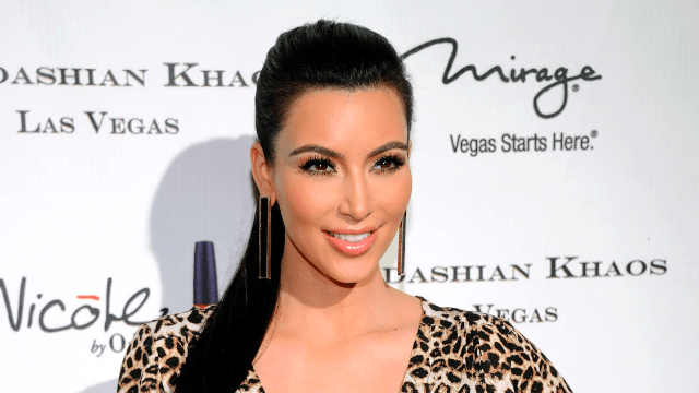 Kim Kardashian tells award show the only thing that will make her stop taking nude selfies.