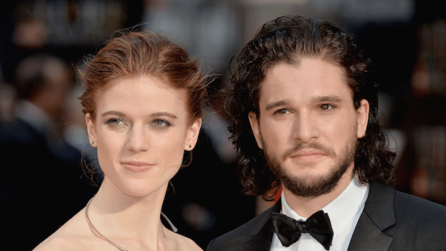 Kit Harington loses his beard, 'Game of Thrones' fans lose their minds.