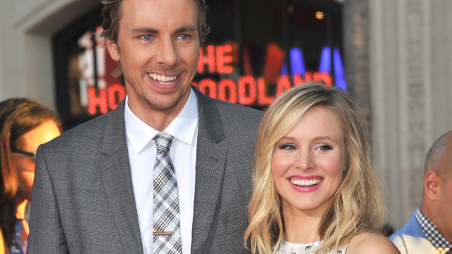 Kristen Bell's white elephant gift is a mold of Dax Shepard's severed head.