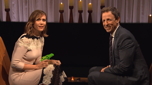 Kristen Wiig apologized to Seth Meyers for ruining his life in so many ways.