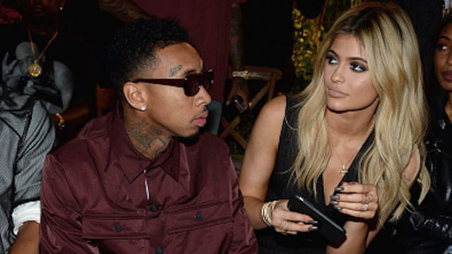 Kylie shares Snapchat that suggests she and Tyga didn't break up, 'everyone needs to chill.'
