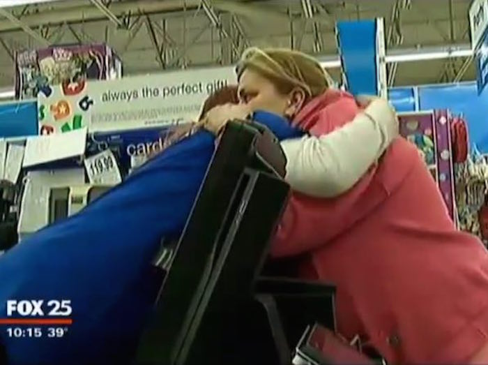 """Layaway angel"" pays off every customer's debt at her local Toys ""R"" Us for $20,000."