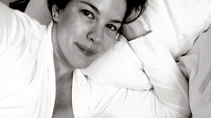 Liv Tyler's breastfeeding selfie shows what breakfast in bed means for new moms.