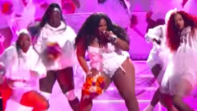 Lizzo's BET Awards performance is what we need to start the week off right.