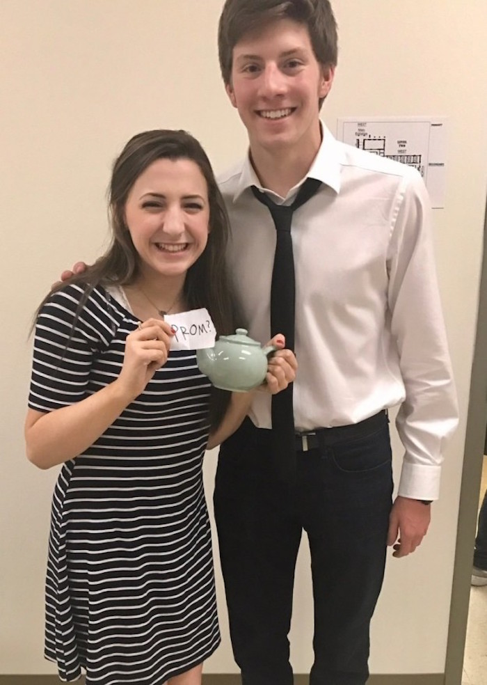 This high schooler is definitely going to win a Dundie for best 'Office Inspired Promposal.'