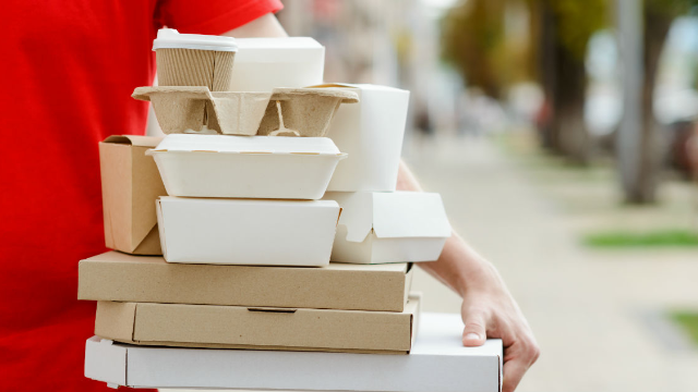 This man's UberEats driver delivered food on foot, and the internet can't stop laughing.