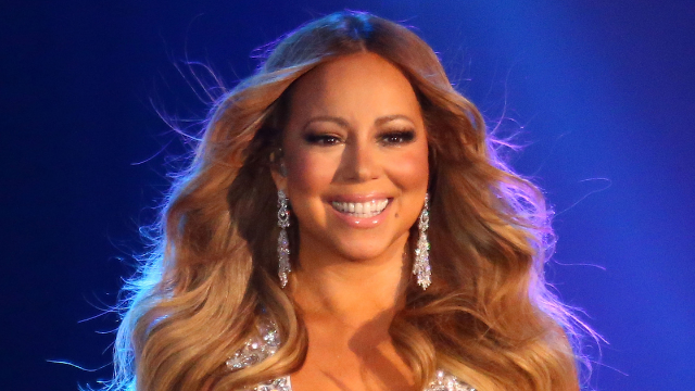 Mariah Carey swaps mansion for hostel