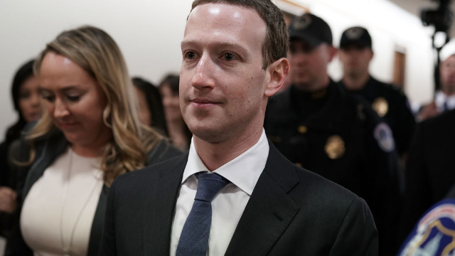 Mark Zuckerberg's chair on Capitol Hill has a booster seat and the internet is tearing him a new one.